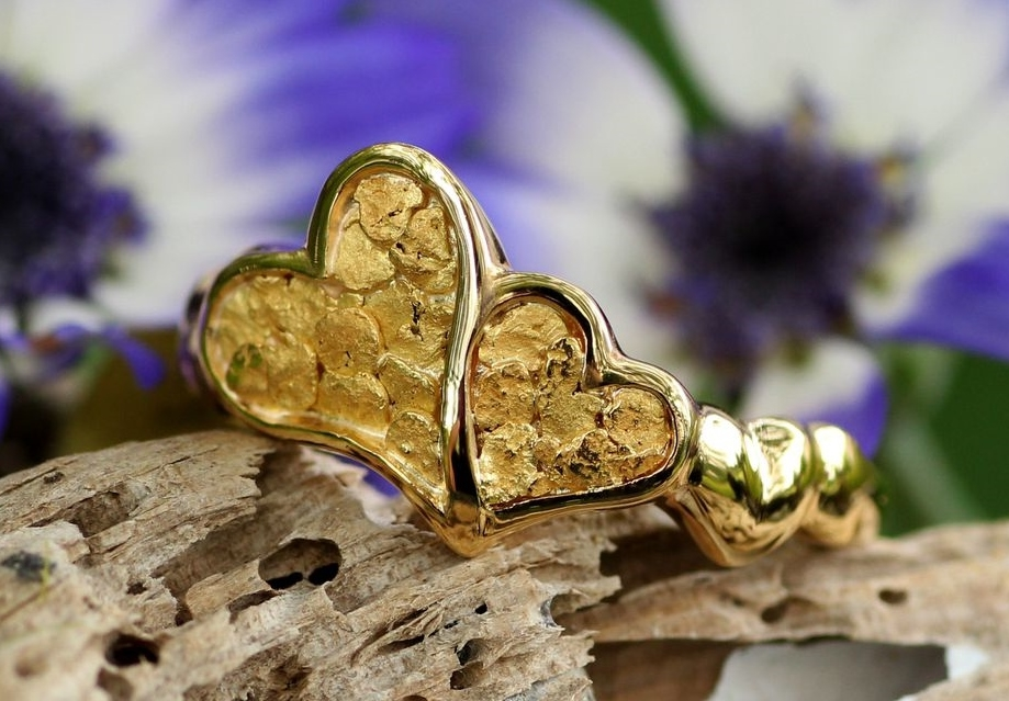 Alaskan Gold Nugget heart Ring in 14kt Yellow Gold.