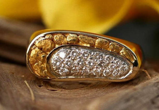 Custom Alaskan Gold Nugget Diamond ring