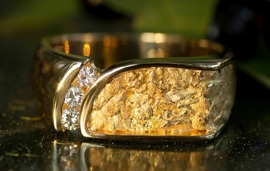 Mens Custom Alaskan Gold Nugget Diamond Wedding Band