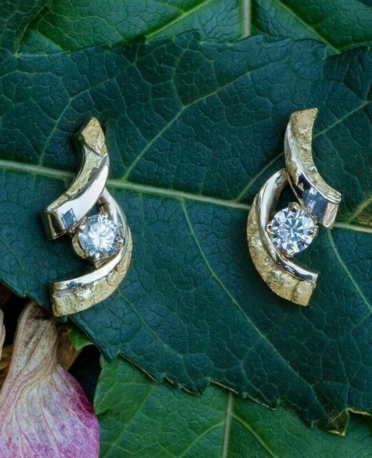 Alaskan Gold Nugget earrings with diamonds in 14kt yellow gold.