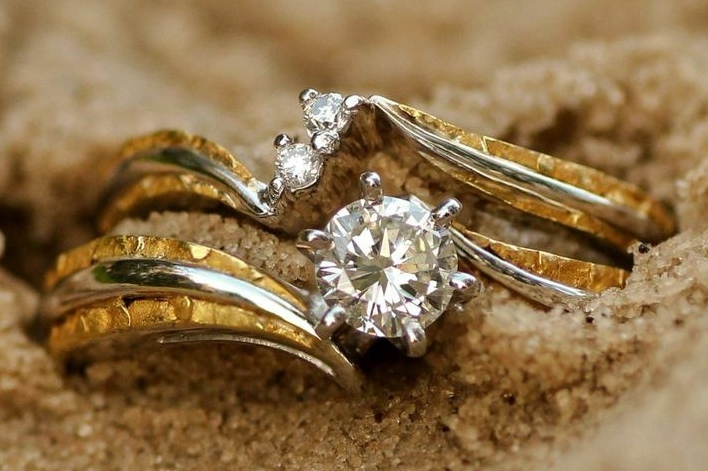 Diamonds and Alaskan Gold Nugget Wedding Ring Set in White Gold