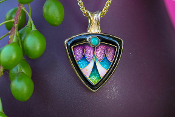 Stunning Cloisonne Pendant in 14kt yellow gold with an opal