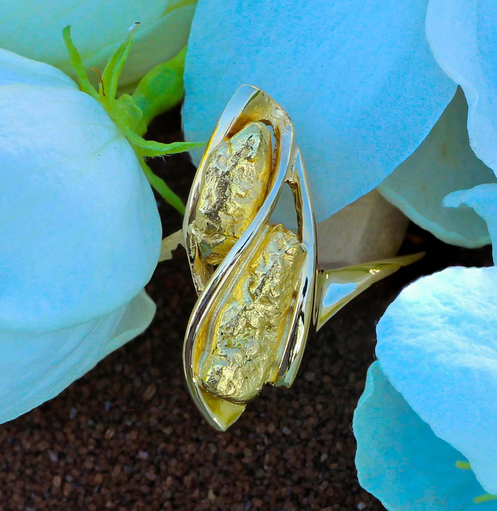 Striking Gold Nugget Ring in 14Kt Yellow Gold