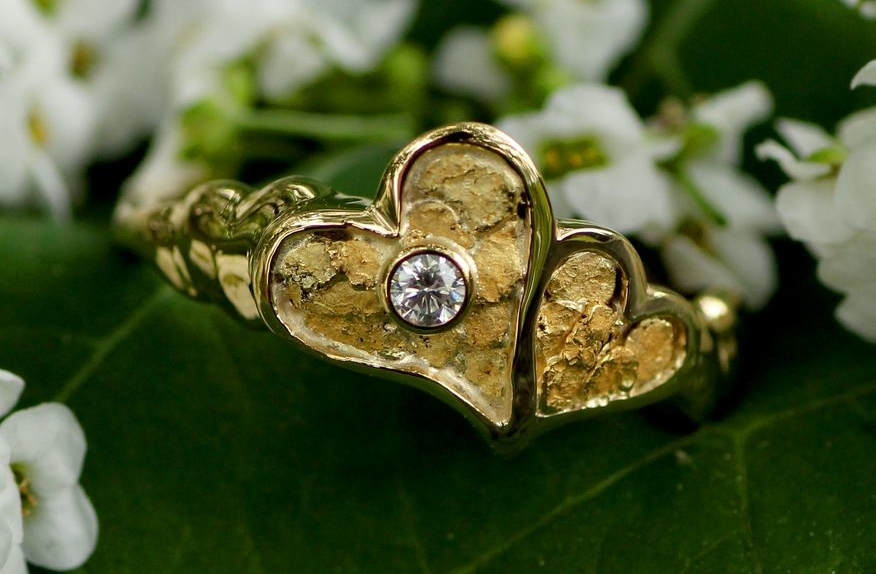 Alaskan Gold Nugget heart Ring and diamond in 14kt Yellow Gold.