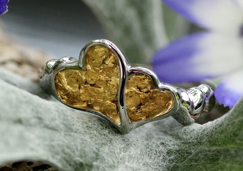 Alaskan Gold Nugget heart Ring in 14Kt White Gold.