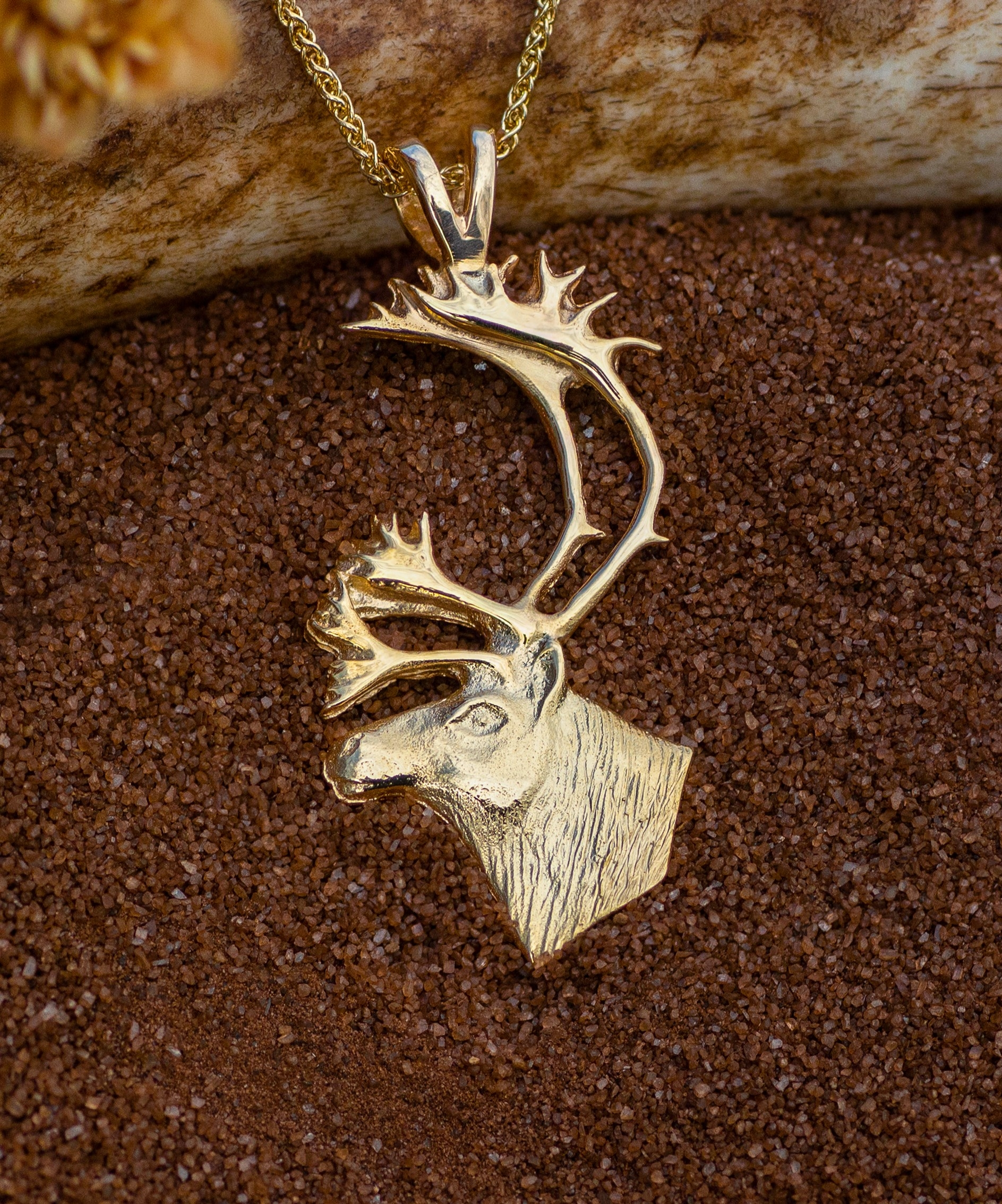Caribou in 14kt Yellow Gold Pendant.