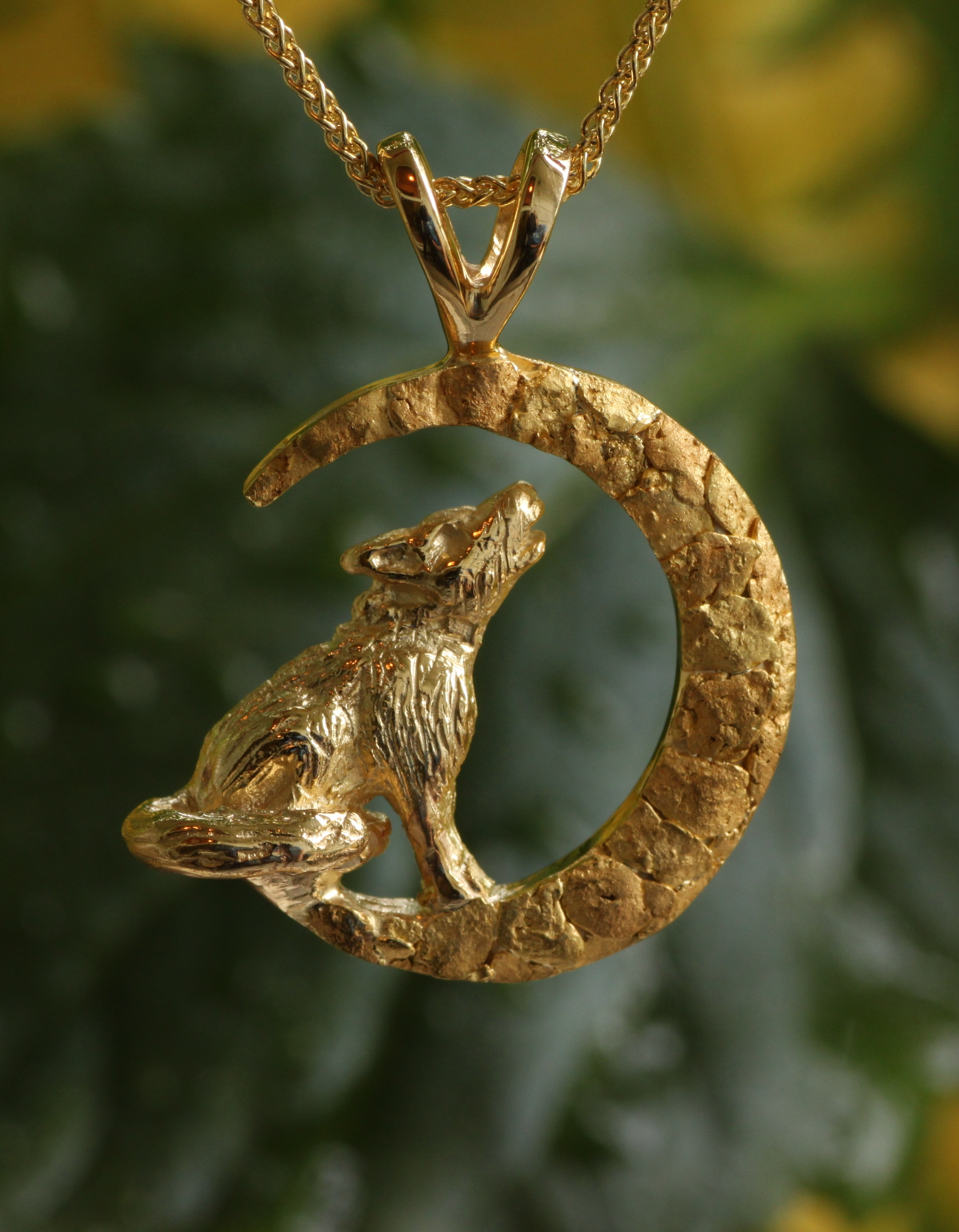 Howling Wolf Pendant in 14kt Yellow Gold with Gold Nuggets
