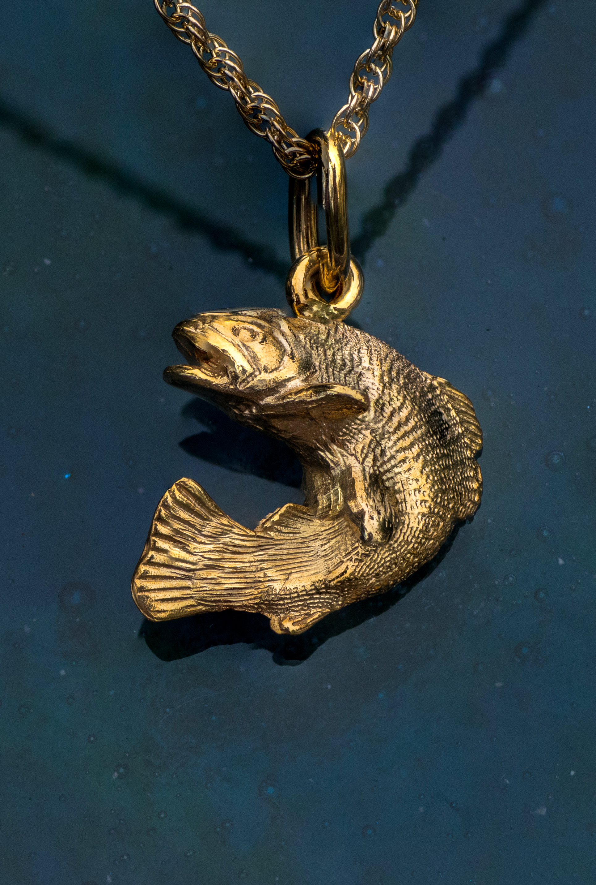 Alaska Salmon Crafted in 14kt Yellow Gold.