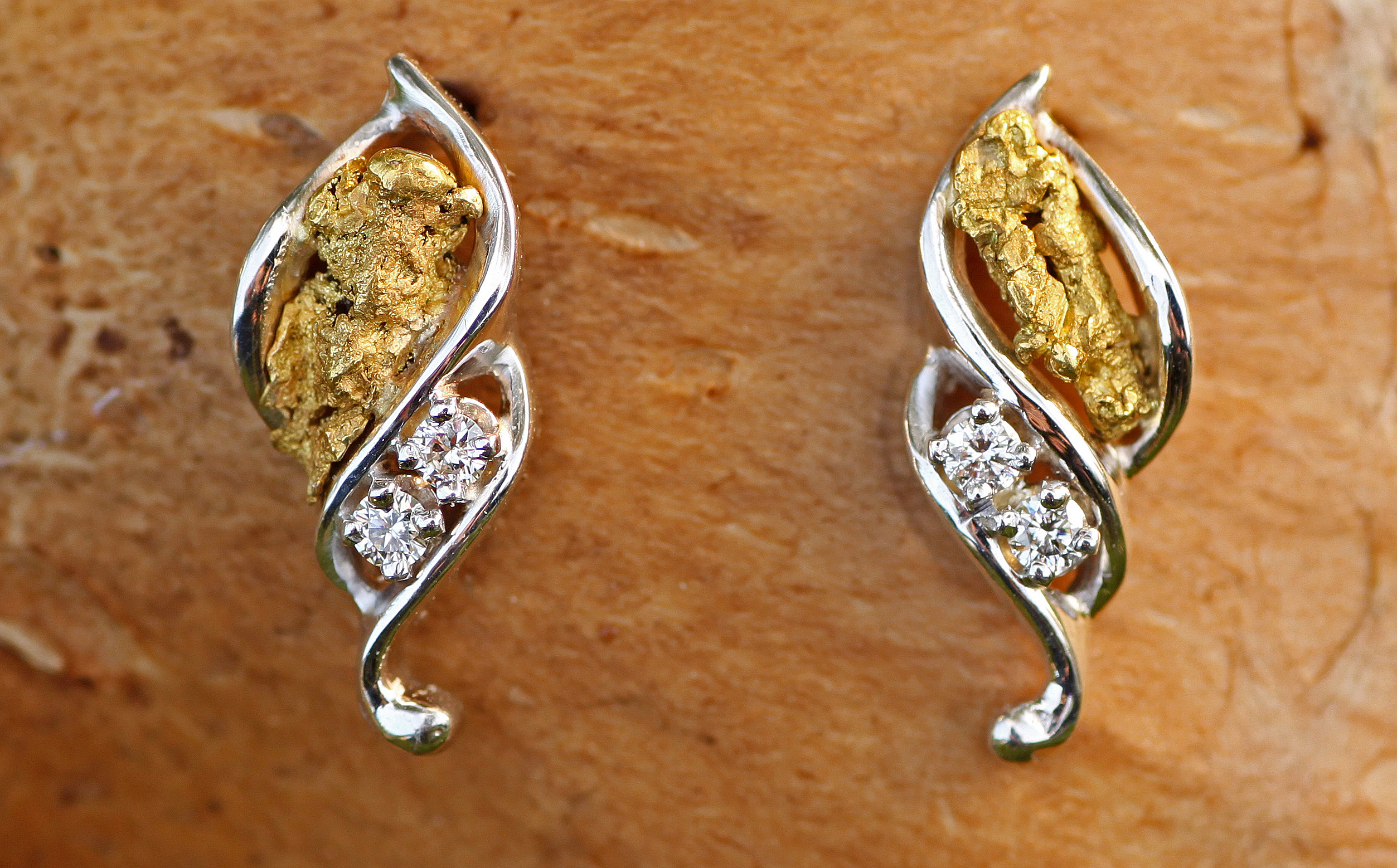 Alaskan Gold Nugget and Diamond Twist Earrings in White Gold